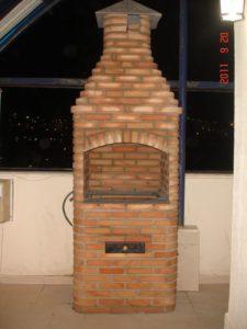 Churrasqueira 5 espetos - Ivanete - 90x67 cm