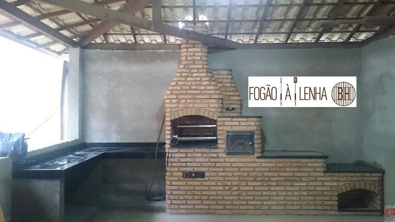 Fogão a Lenha com forno e Churrasqueira no Gávea, Vespasiano