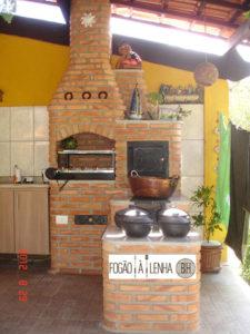 Fogão a Lenha com forno e churrasqueira na Pampulha